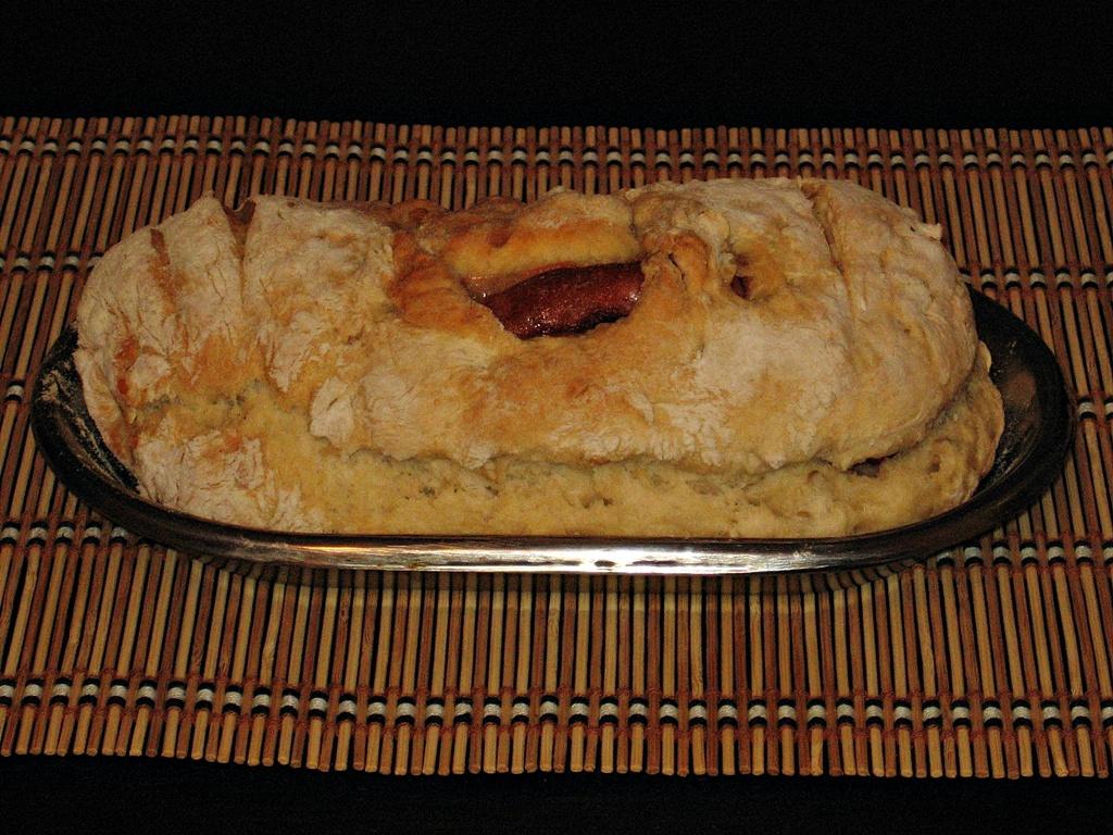 paine cu carnati