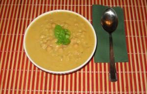 Supa de naut cu paste scurte