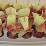 Prosciutto cu pepene şi struguri