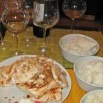 Somon file cu orez şi sos Bernaise