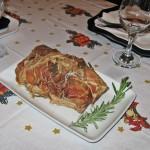 Curcan invelit in bacon cu rozmarin