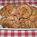 Rotite de carnaciori in bacon cu cimbru