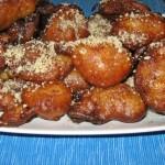 Loukmades sau gogoşele cu miere din Grecia şi Cipru