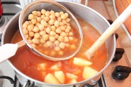Supa de cartofi cu naut