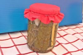 Castraveti murati in otet cu seminte de chimen