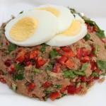 Salata de ton cu ardei gras si patrunjel