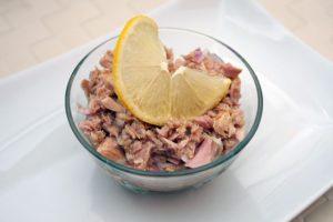 Salata de ton cu ceapa